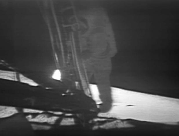 Armstrong pisando la Luna