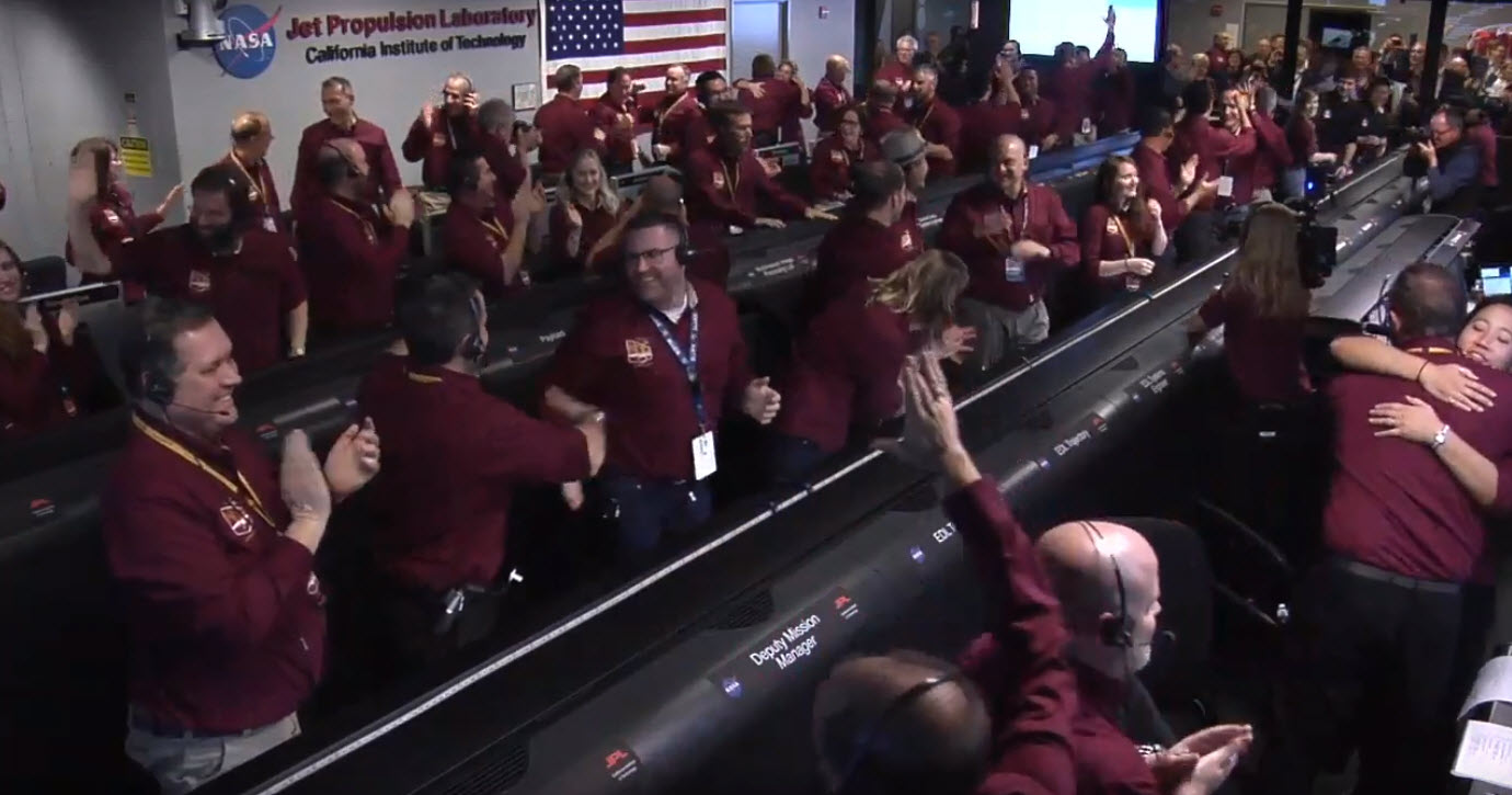 Los ingenieros de JPL celebran la llegada de InSight a Marte