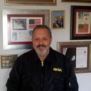 Página web de Carlos González Pintado