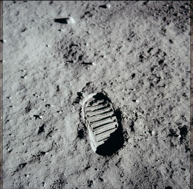 Huella dejada por Aldrin en la superficie lunar
